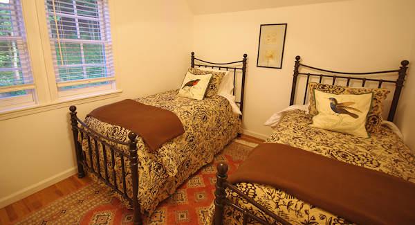 Cottage Bedroom WV