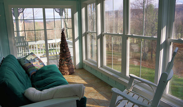 WV Cabin Rental Sunroom